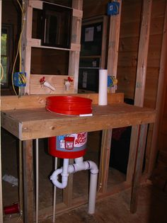 What a clever Homer Bucket hack. This 5 gallon guy becomes a sink!
