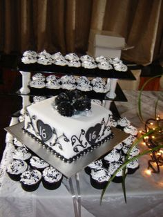 Beautiful Sweet Sixteen Cake. Black and White. I think I like this one a lot Aiyana. What do you think?