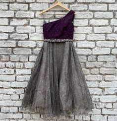 Pretty Dresses For Kids, Dresses Kids Girl, Girl Outfits, Peacock Blouse Designs, Half Saree Designs, Lehenga Choli, Anarkali, Fashion Sewing, Kids Fashion