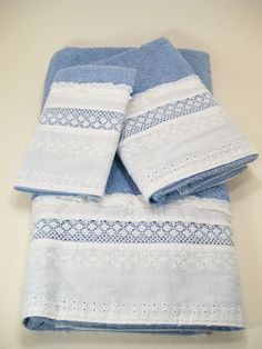 Hostess Guest Towel Set Bath Hand Wash Cloth Hand Embellished Blue White Eyelet Lace Ruffles Chiffon Bows Pearls