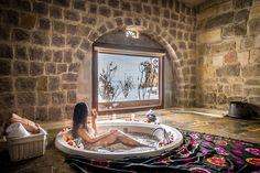 Baths with a view:  10 best hotels for bath lovers - Le magazine de Relais & Châteaux