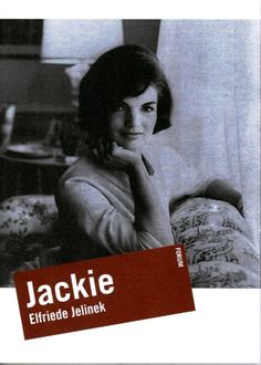 Jackie di Elfriede Jelinek A cura di Luigi Reitani  In un monologo virtuoso e incalzante, gli episodi più celebri della vita di Jacqueline Kennedy scorrono sulla scena come le stazioni di un dramma personale che a poco a poco si rivela essere la grandiosa costruzione di un mito dei nostri giorni.