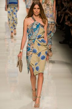 Etro Spring 2014 RTW - Review - Fashion Week - Runway, Fashion Shows and Collections - Vogue