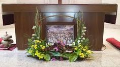 Related image Altar Flowers, Floral Arrangements, Image, Alter Flowers, Flower Arrangement, Flower Arrangements, Garland