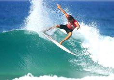 Business Surfer  Un emprendedor se aburre sin olas!!