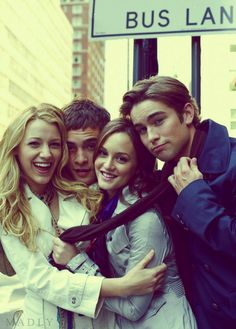 Gossip Girl  - love you - XOXO