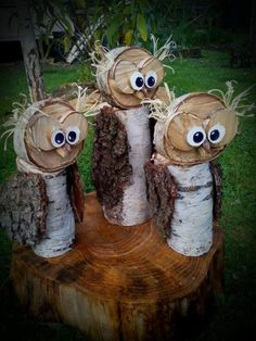 Outdoor indoor wood reclaimed recycle upcycle owl bird sculpture holidays Xmas Christmas thanksgiving fall yard porch deck Source by Recycled Crafts Kids, Diy Crafts To Do, Recycled Garden, Owl Crafts, Recycled Wood, Outside Christmas Decorations, Christmas Yard, Outdoor Christmas, Christmas Holidays