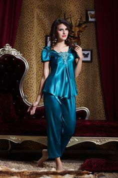 Pijama Pyjama Satin, Satin Sleepwear, Satin Pajamas, Sleepwear Women, Nightwear, Belle Lingerie, Satin Lingerie, Pretty Lingerie, Beautiful Lingerie