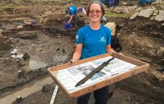 Dig volunteer Sarah Baker with one of the rare cavalry swords. Roman Cavalry barracks unearthed at Vindolanda History Of Wine, Uk History, British History, Ancient Rome, Ancient History, Roman Sword, Toy Swords, Roman Britain, Archaeology News
