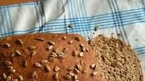 pão de farinha de linhaça - Pesquisa Google Bread, Food, Healthy Dishes, Flaxseed Flour, Brot, Essen, Baking, Meals, Breads