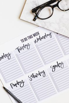 Top Tips on Getting Organized + Free Weekly To Do List Printable