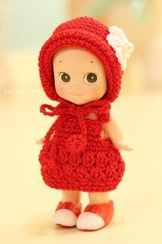 소니엔젤 옷, 소니엔젤 신발 : 네이버 블로그 Crochet Doll Clothes, Knitted Dolls, Knit Or Crochet, Crochet Hats, Sonny Angel, Baby Doll Toys, Knit Fashion, Cute Dolls, Kids And Parenting