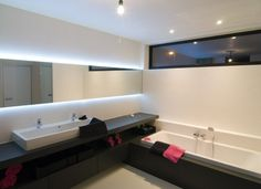 badkamer plank wastafel ligbad - Google zoeken