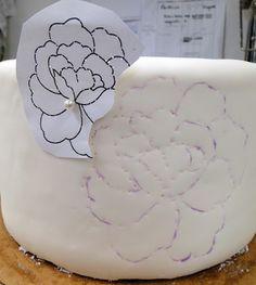 Brush Embroidery Wedding Cake Design