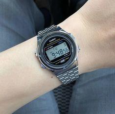 Men's Watches, Sport Watches, Luxury Watches, Watches For Men, Casio Vintage Watch, Casio Watch, Vintage Watches, 80s Fashion, Vintage Fashion