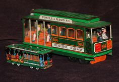 twon trolleys San Francisco - made in Japan - by Modern Toys