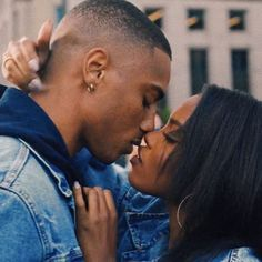 Black Love Couples, Cute Couples Goals, Couple Goals, Relationship Pictures, Relationship Goals Pictures, Sea Wallpaper, Tumblr Couples, Natural Hair Art, Black Girl Aesthetic