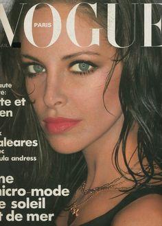 Vogue Paris - June/July 1975 - Cover Model: Sydne Rome Photographed by: Helmut Newton Patti Hansen, Lauren Hutton, Fashion Magazine Cover, Vogue Magazine, Magazine Covers, Vogue Paris, Sydne Rome, 1980s Makeup, Makeup Ads