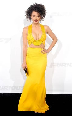 Nathalie Emmanuel from The Best of the Red Carpet All hail! The actress bares her décolletage in a particularly steamy Cushnie et Ochs gown in highlighter yellow at the Fast and Furious 7 premiere. Celebrity Red Carpet, Celebrity Look, Game Of Trone, Nathalie Emmanuel, Red Carpet Gowns, Event Dresses, Beautiful Black Women, Beautiful Things, Celebs