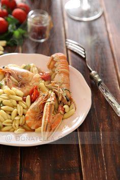 Cavatelli scampi, mazzancolle, pomodorini caramellati e zafferano