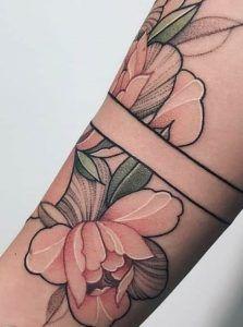 elephant tattoos for women * elephant tattoos ` elephant tattoos small ` elephant tattoos mother daughter ` elephant tattoos with flowers ` elephant tattoos meaning ` elephant tattoos for women ` elephant tattoos sleeve ` elephant tattoos men Cute Tiny Tattoos, Pretty Tattoos, Unique Tattoos, Beautiful Tattoos, Small Tattoos, Feminine Tattoos, Leg Tattoos, Flower Tattoos, Arm Tattoo