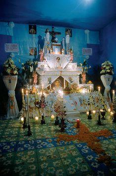 Los espectaculares altares de Día de muertos en Huequechula, Puebla - Demián Ortiz. México desconocido