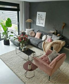 Minimalistic Living Room Colors Ideas To Inspire Your Apartment Decor Interior Design Living Room Warm, Living Room Decor Cozy, Room Wall Decor, Living Room Colors, Home Living Room, Living Room Designs, Black Living Room Furniture, Cozy Living Room Warm, Living Room Themes
