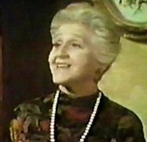 """Mabel Albertson was born in Haverhill, Massachusetts, the daughter of Russian-born Jewish immigrants Flora Craft and Leopold Albertson. Her brother was actor Jack Albertson. Albertson was best known as Phyllis Stephens, Darrin's neurotic, interfering mother on the television sitcom Bewitched, who invariably ended her stays at the Stephens' home by saying to her husband, """"Frank, take me home. I have a sick headache"""