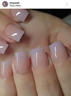 nude to lavender glossy ombre – I'm liking this. I might have to try nude to lavender glossy ombre – I'm liking this. Acrylic Nails Natural, Natural Nails, Short Square Acrylic Nails, Short Square Nails, Hair And Nails, My Nails, French Pedicure, Nagellack Trends, Dipped Nails