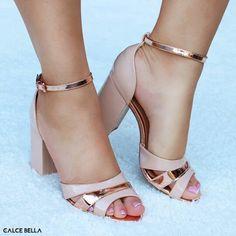 chaussures talons ouvertes classe