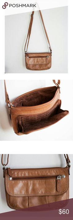 Brown Leather Fossil Purse Zipper purse. Lots of pockets. Great condition! Leather Fossil Bags Crossbody Bags