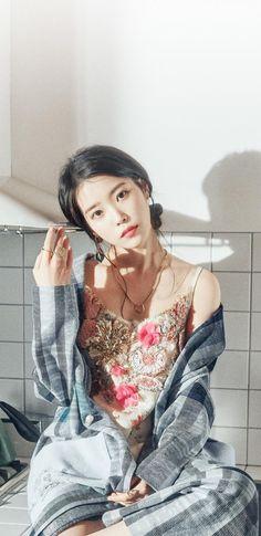 Pop Fashion, Mature Fashion, Korean Celebrities, Celebs, Korean Actresses, Jennie Blackpink, Beautiful Asian Women, Ulzzang Girl, Aesthetic Girl