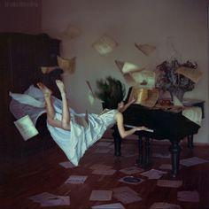 Distorted gravity by Anka Zhuravleva, via Behance
