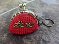 """Llavero-monedero rojo con """"Love"""" (cierre en bronce)"""