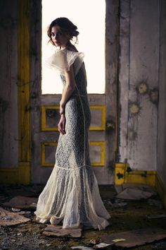 30s Oragandy and Chantilly LACE Wedding Gown xs sm med