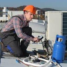 Un électricien à votre service à Péronnas. Honfleur, Service, Outdoor Power Equipment, Paris, Professional Electrician, Artist, Montmartre Paris, Paris France