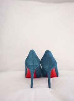 'Something Blue' suede shoes: http://www.stylemepretty.com/2013/03/14/paris-wedding-from-polly-alexandre-fete-in-france/ | Photography: Polly Alexandre - http://alexandreweddings.com/