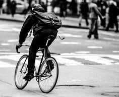 Urban Cycling, Urban Bike, Bike Messenger, Fixed Gear, Life Cycles, Bike Life, Messi, Bicycles, Uni