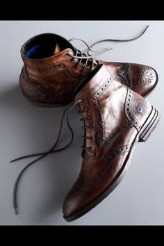 The Best Men's Shoes And Footwear : Oxford boots -Read More – Mens Shoes Boots, Leather Shoes, Men's Shoes, Shoe Boots, Dress Shoes, Leather Brogues, Oxford Boots, Gentleman Shoes, Fashion Shoes