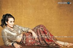 sonakshi-sinha-wallpapers-moviesnu (1)