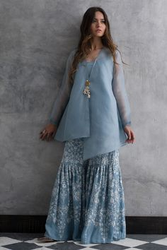 Latest Designer Salwar & Sharara For Party 2019 Call/WhatsApp : The post Latest Designer Salwar & Sharara For Party 2019 appeared first on Cotton Diy. Pakistani Fashion Casual, Pakistani Dresses Casual, Indian Gowns Dresses, Pakistani Dress Design, Indian Fashion, Indian Wedding Dresses, Pakistani Sharara, Dhoti Saree, Pakistani Party Wear