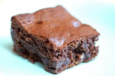 Brownies 1 (16 ounce) jar creamy roasted almond butter 2 eggs 1 ¼ cups honey 1 tablespoon vanilla extract ½ cup cacao powder ½ teaspoon celtic sea salt 1 teaspoon baking soda 1 cup chocolate chunks In a large bowl, blend almond butter until smooth with a hand blender Blend in eggs, then blend in honey and vanilla Blend in cacao, salt and baking soda, then fold in chocolate chips Grease a 9 x 13 inch baking dish Pour batter into dish Bake at 325° for 25-40 minutes