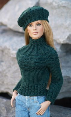 Yoking Around-TW--PDF Knitting Pattern for Tonner's dolls like Tyler Wentworth and Ellowyne Wilde - Barbie stricken -