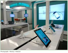Through its high-tech dotFNB branches South African bank FNB is looking to the future by incorporating interactive technologies into the products and services, thereby turning the traditional banking experience into a retail adventure. Science And Technology, Future, Shopping, Home, Log Projects, Future Tense, Ad Home, Homes, Haus