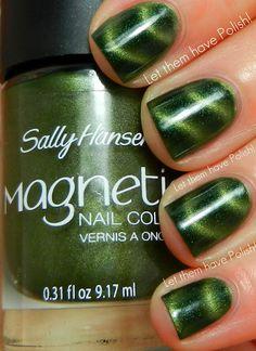 Sally Hansen Electric Emerald Magnetic Polish SOLD