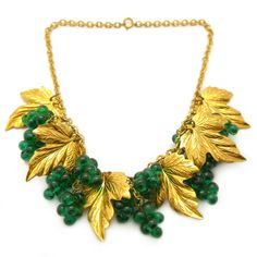 Vintage 1940s Miriam Haskell Gold Tone Green Glass Grape Necklace | Clarice…
