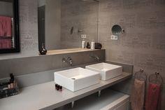 Baño, lavabos y microcemento