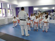 Antrenament Karate, Jackets, Fashion, Down Jackets, Moda, Fashion Styles, Fashion Illustrations, Jacket