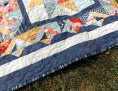 Jo's Country Junction machine quilting of her Peanut Butter & Kelli quilt.  Lassoed Stars quilting.