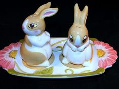 VINTAGE BUNNY  RABBIT SHAKERS WITH TRAY by STOKES
